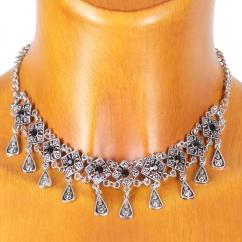 Sweet 7 BC 39 enganliegende Halskette mit schwarzen Steinchen silber