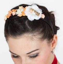 25001 Haarreif mit Blüten lachs weiß